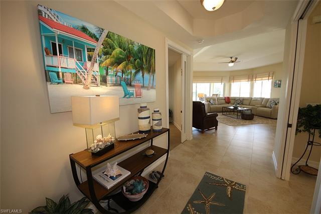 1830 Les Chateaux Blvd 204, Naples, FL 34109