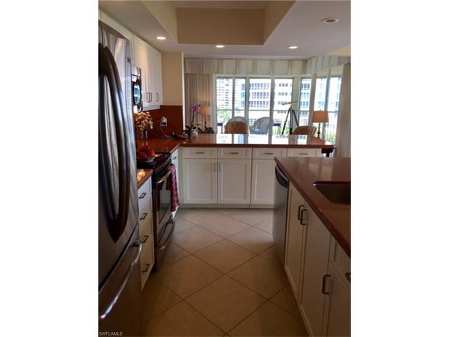 4051 Gulf Shore Blvd N 700, Naples, FL 34103