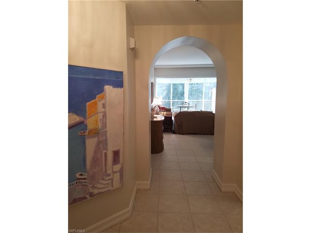 710 Bentwater Cir 2-102, Naples, FL 34108