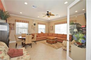 7943 Haven Dr 02, Naples, FL 34104