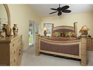 14936 Sterling Oaks Dr, Naples, FL 34110