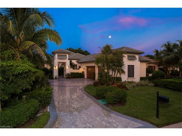 28582 La Caille Dr, Naples, FL 34119