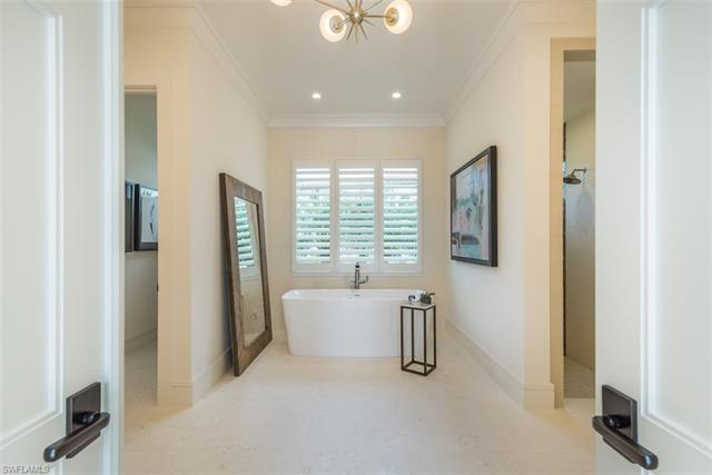 16692 Lucarno Way, Naples, FL 34110