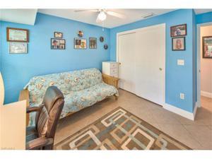 560 97th Ave N, Naples, FL 34108