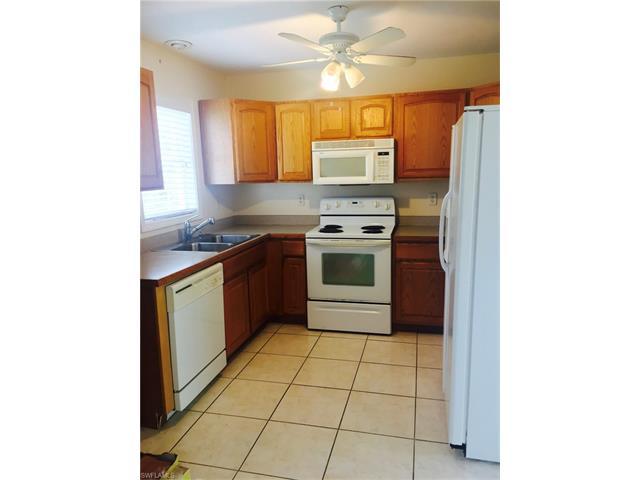 342 Leawood Cir, Naples, FL 34104