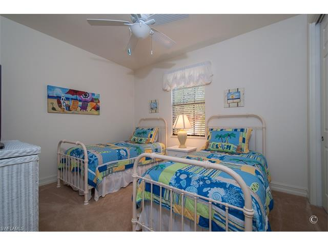 9121 Chula Vista St 122-1, Naples, FL 34113