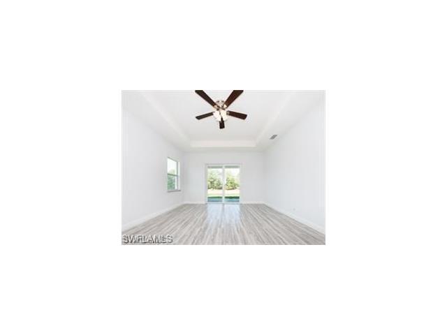 25103 Busy Bee Dr, Bonita Springs, FL 34135