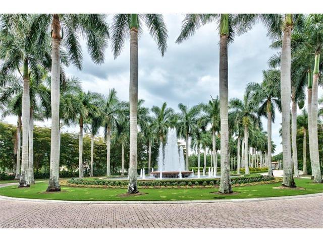 2858 Tiburon Blvd E 101, Naples, FL 34109