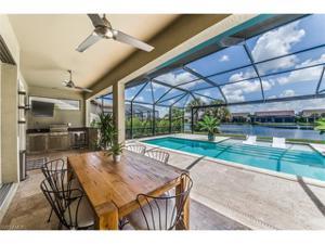 16296 Camden Lakes Cir, Naples, FL 34110