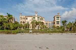 7607 Bay Colony Dr, Naples, FL 34108