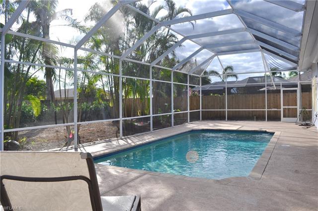 778 95th Ave N, Naples, FL 34108