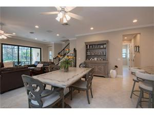4423 Raffia Palm Cir, Naples, FL 34119