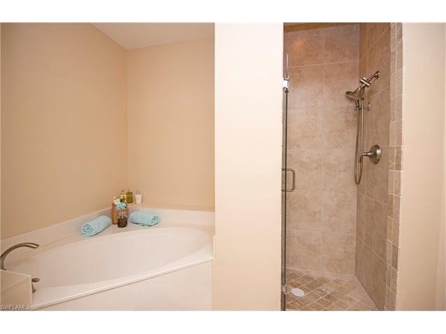 9050 Palmas Grandes Blvd 204, Bonita Springs, FL 34135