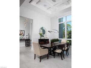 600 Gordonia Rd, Naples, FL 34108