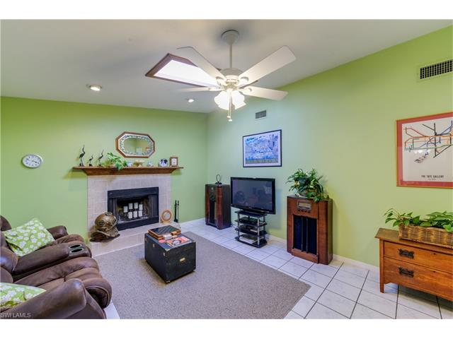 4226 5th Ave Sw, Naples, FL 34119