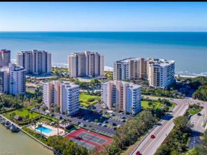 11118 Gulf Shore Dr A-102, Naples, FL 34108