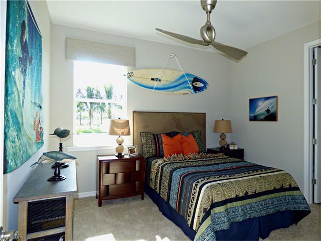 3067 Sunset Pointe Cir, Cape Coral, FL 33914