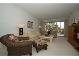 7638 Pebble Creek Cir 4-202, Naples, FL 34108