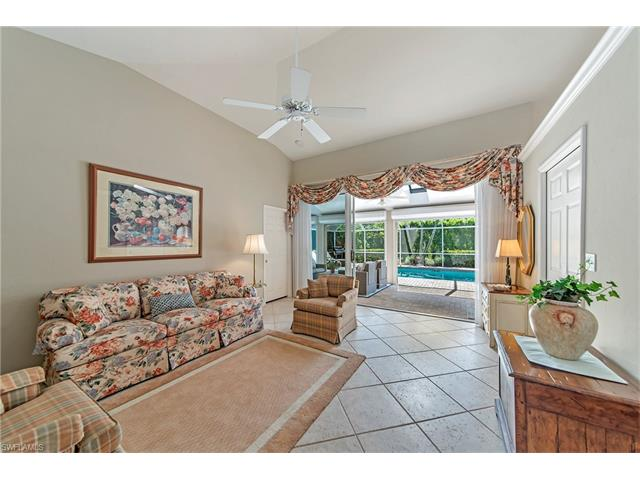 9772 Alhambra Ln, Bonita Springs, FL 34135