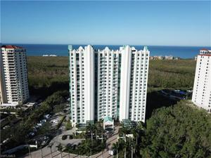 7515 Pelican Bay Blvd 4b, Naples, FL 34108