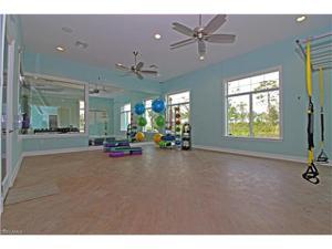 3156 Amadora Cir, Cape Coral, FL 33909