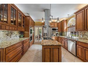 8010 Vera Cruz Way, Naples, FL 34109