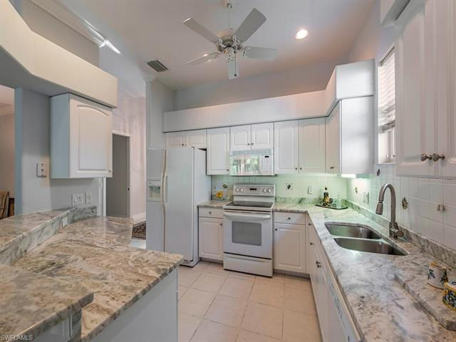 4368 Kensington High St, Naples, FL 34105