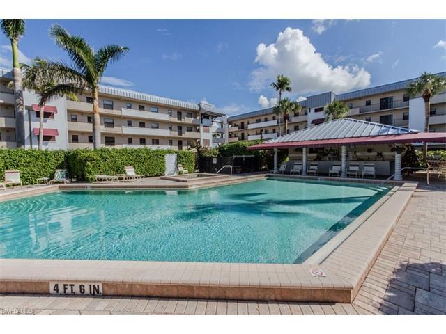 801 River Point Dr 206a, Naples, FL 34102