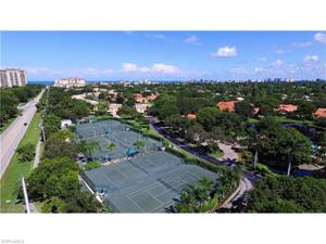 782 Reef Point Cir, Naples, FL 34108