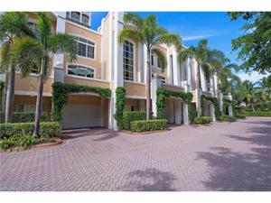 7117 Pelican Bay Blvd 303, Naples, FL 34108