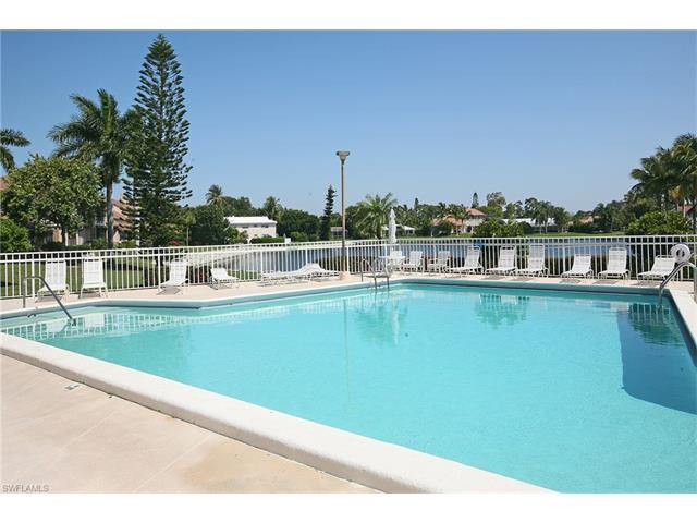 555 Park Shore Dr B-309, Naples, FL 34103