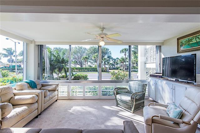2100 Gulf Shore Blvd N 100, Naples, FL 34102