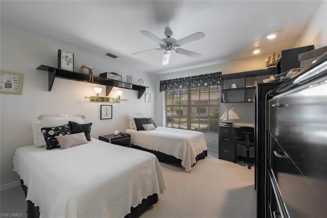 13180 Southampton Dr, Bonita Springs, FL 34135