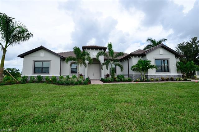 18624 Royal Hammock Blvd, Naples, FL 34114