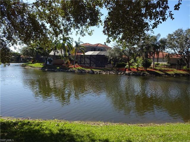 1061 Fountain Run, Naples, FL 34119