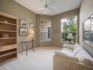 15255 Devon Green Ln, Naples, FL 34110