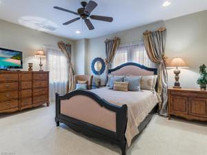 2903 Tiburon Blvd E, Naples, FL 34109