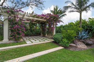 2056 Isla Vista Ln, Naples, FL 34105