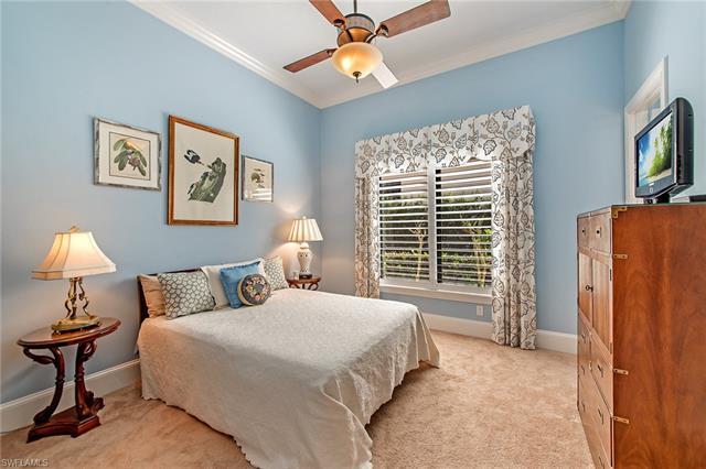 2220 Residence Cir, Naples, FL 34105