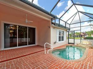 5884 Northridge Dr A-25, Naples, FL 34110
