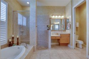 9113 Troon Lakes Dr, Naples, FL 34109