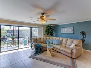 1400 Blue Point Ave 104, Naples, FL 34102