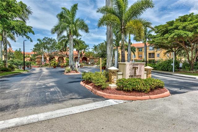 23600 Walden Center Dr 210, Estero, FL 34134
