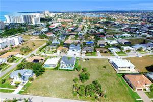 828 Amber Dr, Marco Island, FL 34145