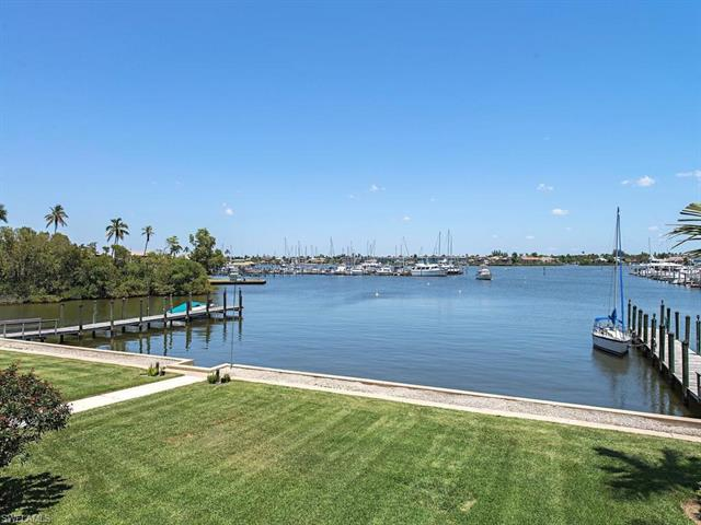 1325 7th St S 2b, Naples, FL 34102