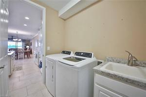 14542 Edgewater Cir, Naples, FL 34114