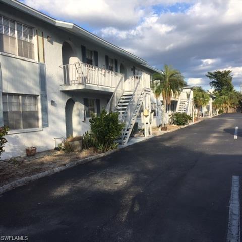 4900 Biscayne Dr 2, Naples, FL 34112