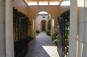 1541 Marsh Wren Ln, Naples, FL 34105