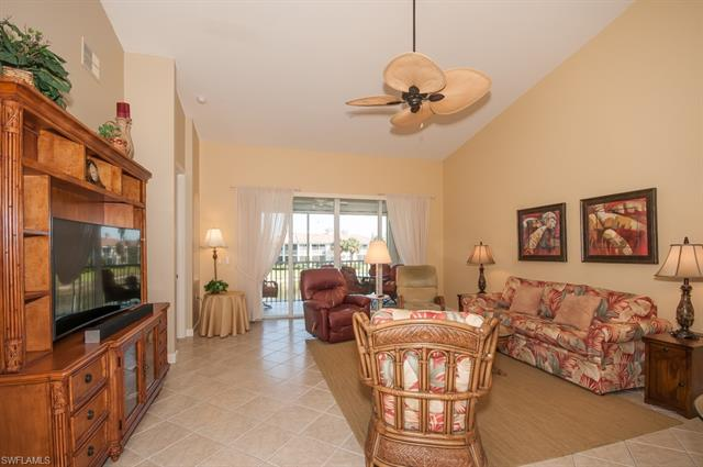 3058 Driftwood Way 4404, Naples, FL 34109