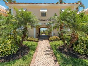 3070 Gulf Shore Blvd N 104, Naples, FL 34103
